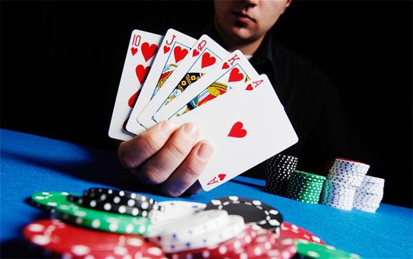 10-thuat-ngu-ma-nguoi-choi-poker-nao-cung-phai-thuoc-lau-lau